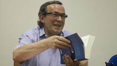 Jean-Yves Mollier em palestra na FFLCH. Foto: Marcos Santos / USP Imagens