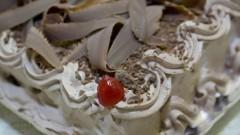 Detalhe de bolo de chocolate. Foto: Marcos Santos/USP Imagens