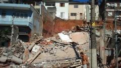 Prédio desaba na Avenida Corifeu de Azevedo Marques, no Butantã. Foto: Marcos Santos/USP Imagens
