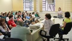 """Palestra """"Aspectos neuropsicológicos do Espectro Autista: Síndrome de Asperger e Autismo de Alto Funcionamento"""" no Laboratório de Visão do Departamento de Psicologia Experimental do Instituto de Psicologia. Foto: Marcos Santos/USP Imagens"""