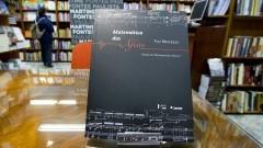 """Livro """"Matemática dos Afetos"""" de Flo Menezes. Foto: Marcos Santos/USP Imagens"""