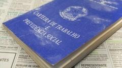 Carteira de Trabalho e Previdência Social. Foto: Marcos Santos/USP Imagens