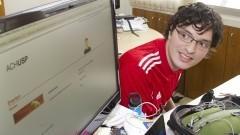 Everton Topan da Silva do Centro de Competência em Software Livre. Foto: Marcos Santos/USP Imagens