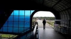 Passagem da EACH para estação USP Leste de trem. Foto: Marcos Santos/USP Imagens