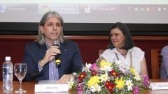 Lupércio Tomaz da SCS e Professora Sandra Maria Ribeiro dos Santos da ECA. Foto: Marcos Santos/USP Imagens