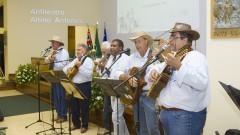 Apresentação do grupo de violeiros do Campus de Pirassununga (Projeto Viola Caipira) na comemoração dos 95 anos de criação do curso de Medicina Veterinária e de 80 anos da FMVZ. Foto: Marcos Santos/USP Imagens