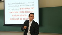 Professor Rafael Giuliano Pileggi. Foto: Marcos Santos/USP Imagens