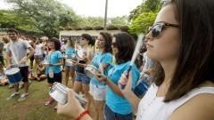 Alunas integrantes da bateria da FAU participam da semana de recepção de calouros. Foto: Marcos Santos/USP Imagens
