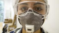 Para higienização os técnicos usam equipamentos de proteção. Foto: Marcos Santos/USP Imagens