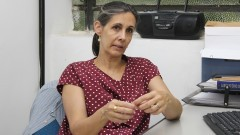 Professora Elizabeth Ribeiro Azevedo fala da pesquisa sobre a construção, funcionamento e desaparecimento dos diversos edifícios teatrais surgidos no período escolhido. Foto: Marcos Santos/USP Imagens