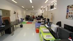 Vista da sala do Coletivo Escola do Futuro onde funciona o Núcleo de Apoio à Pesquisa (NAP). Foto: Marcos Santos / USP Imagens