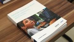 Detalhe de livro produzido com a ajuda do Núcleo de Apoio à Pesquisa (NAP) da Escola do Futuro. Foto: Marcos Santos / USP Imagens