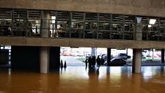 Vão livre do prédio da Faculdade de Arquitetura e Urbanismo da Universidade de São Paulo (FAU - USP), concluído em 1969 na Cidade Universitária, São Paulo. Foto: Marcos Santos.
