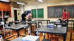 Laboratório de ensino do curso de Física Aplicada à Medicina e à Biologia, da Faculdade de Filosofia, Ciências e Letras de Ribeirão Preto. (Foto: Creusa Maria Martins/Audiovisual FFCLRP).