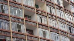Moradias próximas ao Elevado Costa e Silva - o Minhocão - no centro de São Paulo.