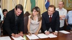 Assinatura dos convênios para o Parque Tecnológico de Ribeirão Preto. Foto:Marcos Santos/USP imagens