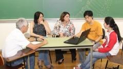 Reunião dos integrantes do Centro de Estatística Aplicada com clientes. Foto: Marcos Santos/USP Imagens