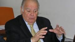 D. Enrique Iglesias em encontro no Instituto de Energia e Ambiente (IEE). Foto: Marcos Santos / USP Imagens