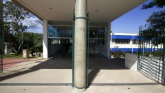 Entrada principal  do prédio da Faculdade de Odontologia. Foto: Marcos Santos/USP Imagens