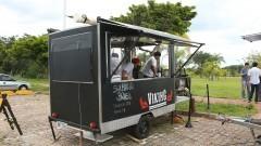 Detalhe de Food Truck estacionado em Praça Gastronômica na Praça do Relógio. Foto: Marcos Santos/USP Imagens