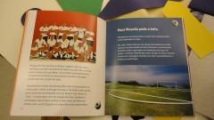 """Detalhe de conteúdo interno de material usado na atividade """"Histórias da Arte para crianças: entre livros e obras"""". Foto: Juliana Pinheiro Prado / USP Imagens"""
