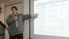 Maurício Tuffani assessor de Comunicação da Secretaria de Estado da Educação durante evento do GECOM. Foto: Marcos Santos/USP Imagens