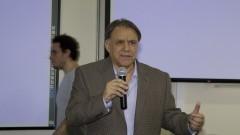"""Professor Gil da Costa Marques Superintendente de Tecnologia da Informação - STI durante evento sobre sobre """"Educação a Distância"""". Foto: Marcos Santos/USP Imagens"""