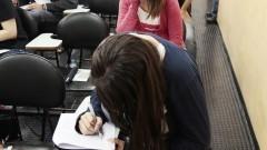 Estudantes durante a prova para tranferência externa. Foto: Marcos Santos/USP Imagens