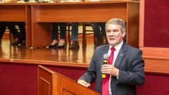Antonio Carlos Hernandes. CUCo (Competição USP de conhecimento. Foto: Marcos Santos/USP Imagens
