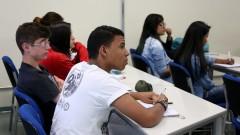 Alunos da rede pública Escola Estadual Anecondes Alves Ferreira da cidade de Diadema, na sala de aula da POLI. foto Cecilia Bastos / USP Imagem
