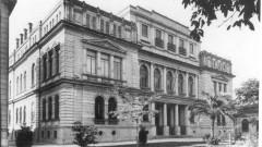Vista do Edifício Paula Souza (194?) onde funcionava a Escola Politécnica (EPUSP), fundada em 1893. Foto: Acervo CAPH / FFLCH