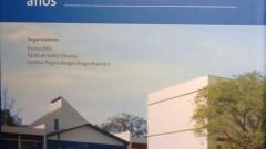 Livro comemorativo dos 40 anos de criação do Instituto de Psicologia da USP, organizado por Emma Otta, Paulo de Salles Oliveira e Cinthia Regina Mannini, editado pela EDUSP. Foto: Cecília Bastos/Jornal da USP
