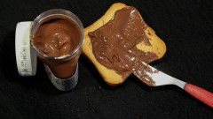O spread de chocolate é uma pasta espalhável consumida tradicionalmente em pães e biscoitos – Foto: Cecília Bastos/USP Imagens