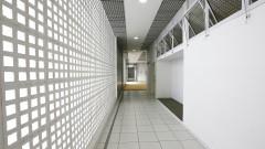 EEL Escola de Engenharia de Lorena. Campus I. Vista corredor do prédio dos  Laboratórios Didáticos de Física Básica . 2017/05/09 Foto: Marcos Santos/USP Imagens