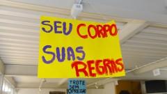 reg. 030-16 Calouros 2016. Calouros recebem trote na FEA - Faculdade de Economia, Administração e Contabilidade. 2016/02/11 Foto Marcos Santos