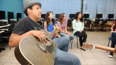 Projeto leva arte para o ensino fundamental – FFLCH
