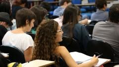 Aula de Filosofia com a professora Silvana Ramos - FFLCH/USP. foto Cecília Bastos/USP Imagem