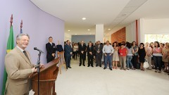 Vice reitor Hélio Nogueira da Cruz, na inauguração do Bloco Didático da FOFITO FMUSP. Foto: Francisco Emolo/Jornal da USP