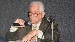 Aula Magna da FFLCH: Antonio Dimas