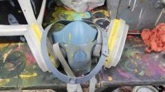Máscara de aerógrafo - Foto: Pedro Bolle / USP Imagens
