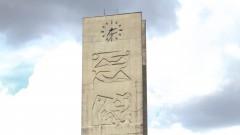 Vista para a Torre do Relógio na Cidade Universitária de São Paulo. 2017/02/13 Foto: Caio de Benedetto/USP Imagens