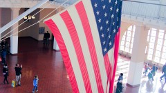 Bandeira Americana e Museu da Imigração - Nova York, Estados Unidos – George Campos / USP Imagens