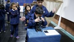 reg. 105-16 IO. Crianças que visitam o Instituto Oceanográfico - IOUSP. 27/04/2016 Foto: Marcos Santos