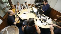 Manu Lafer e Germano Mathias no estúdio da Rádio USP. Show 40 anos da Rádio USP. 2017/10/11 Foto: Marcos Santos/USP Imagens