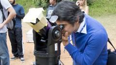 reg. 121-16 IAG. Minieclipse: público acompanha a passagem de Mercúrio com orientação de astrônomos. Egidio Lima Dorea participa da observação ao planeta Mercúrio 09/05/2016 Foto: Marcos Santos/USP Imagens
