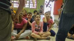 Osusp - Orquestra Sinfônica da USP faz atividade com crianças antes da apresentação no Circo Escola. Crianças participam de atividade com o professor Pedro Paulo Salles, do Departamento de Música da ECA - Escola de Comunicações e Artes. 2016/11/24 Foto: Marcos Santos/USP Imagens