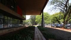 Fachada do prédio da Faculdade de Arquitetura e Urbanismo - FAU. Foto: Marcos Santos/USP Imagens