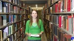 Giseli Adornato de Aguiar é bibliotecária na Faculdade de Economia, Administração e Contabilidade. Foto: Marcos Santos/USP Imagens
