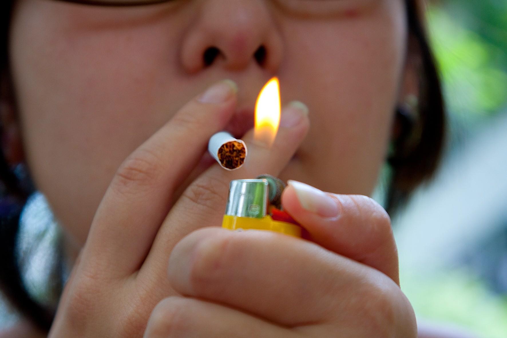 A codificação de fumagem e álcool